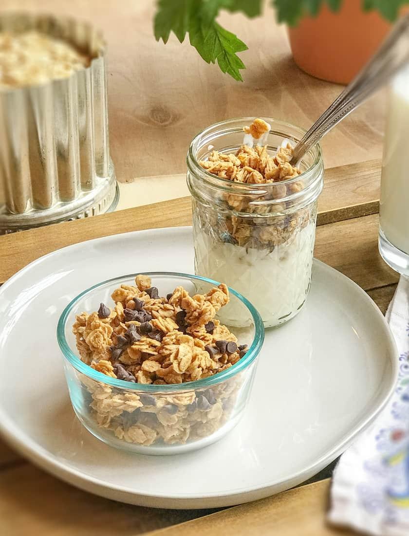 Easy Healthy Peanut Butter Granola   31Daily.com