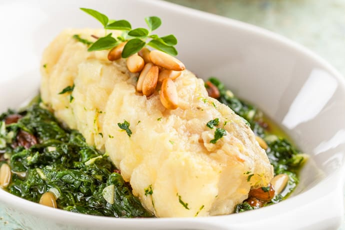 Skinny and Easy Foil Packet Cod with Greens