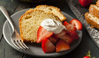 Simple Homemade Pound Cake with Strawberries