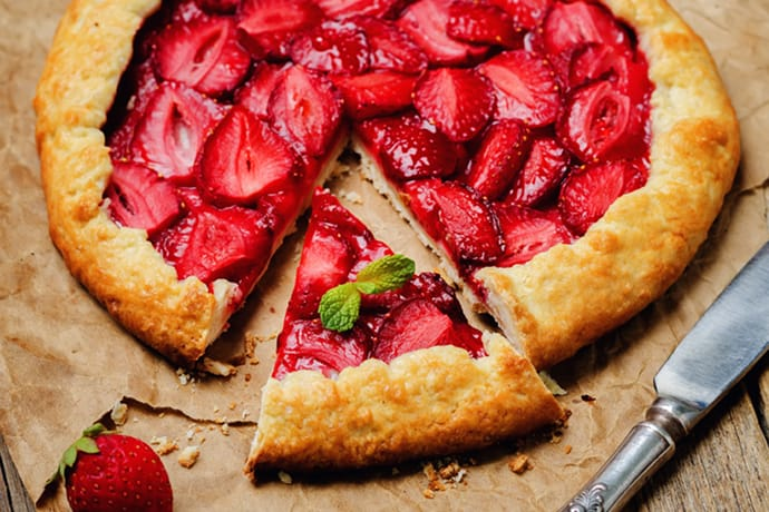Easy Summer Rustic Strawberry Galette | 31Daily.com
