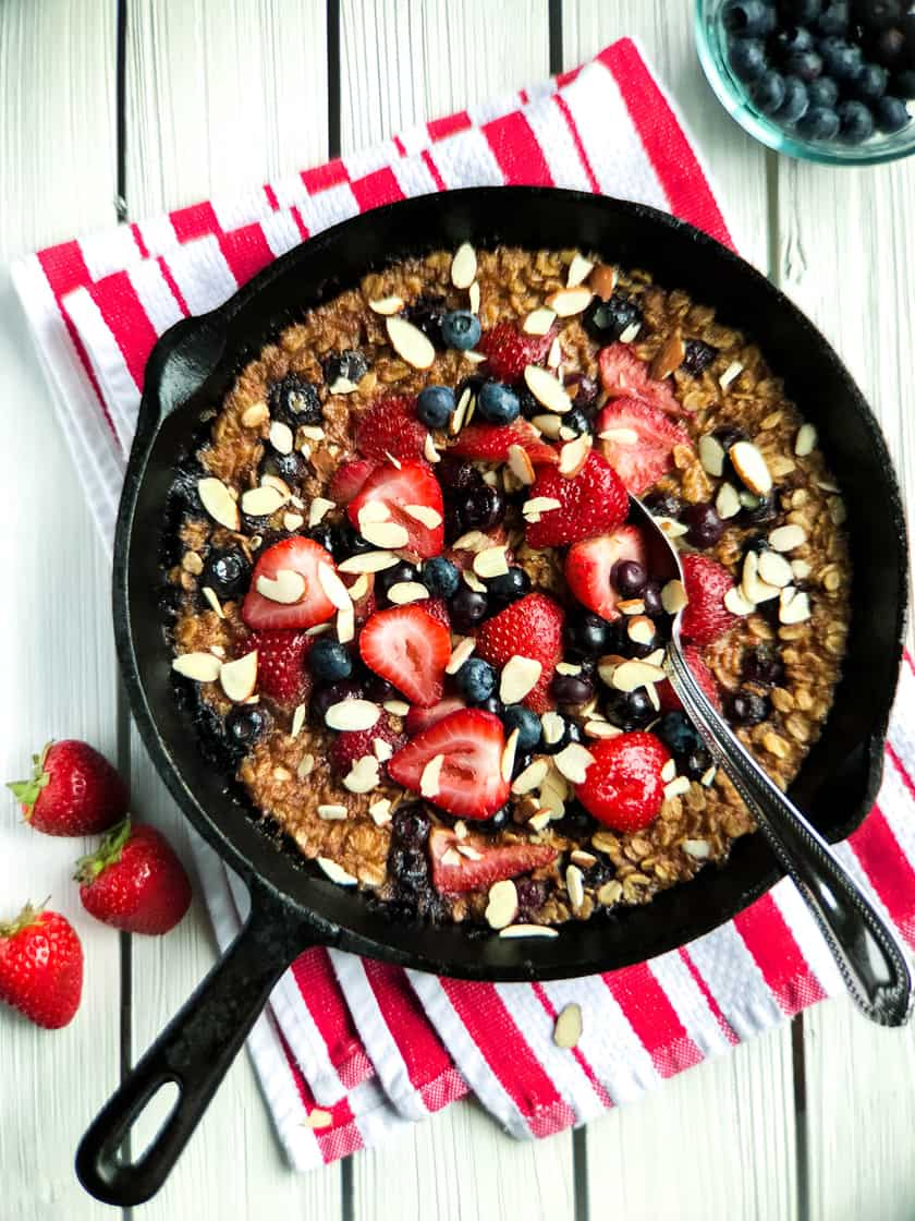 Strawberry Baked Oatmeal with Blueberries and Toasted Almonds | 31Daily.com