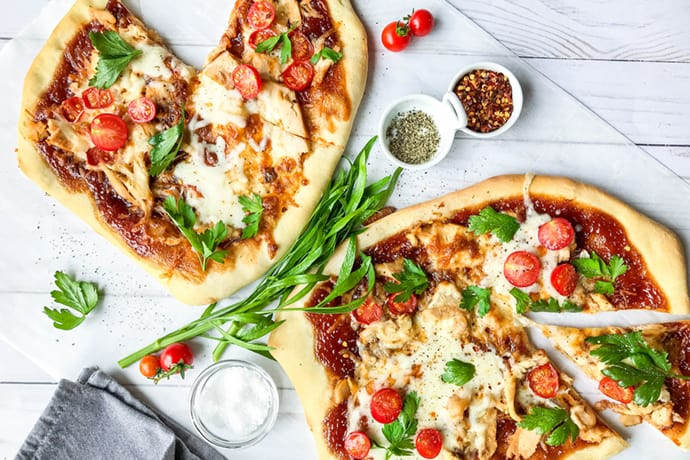 Simple, Homemade BBQ Chicken Pizza | 31Daily.com