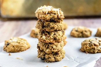 Oatmeal Bran Breakfast Cookies with Coconut and Almonds | 31Daily.com