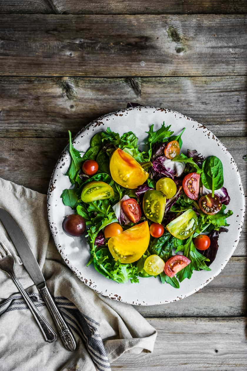 Heirloom Tomato, Arugula, and Spinach Salad | 31Daily.com
