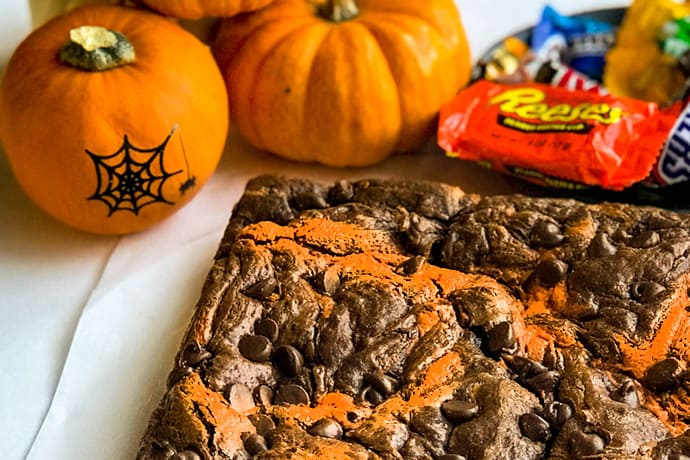 Halloween Fudgy Peanut Butter Chocolate Swirl Brownies