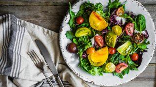 Heirloom Tomato, Arugula, and Spinach Salad
