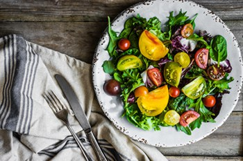Heirloom Tomato, Arugula. and Spinach Salad | 31Daily.com