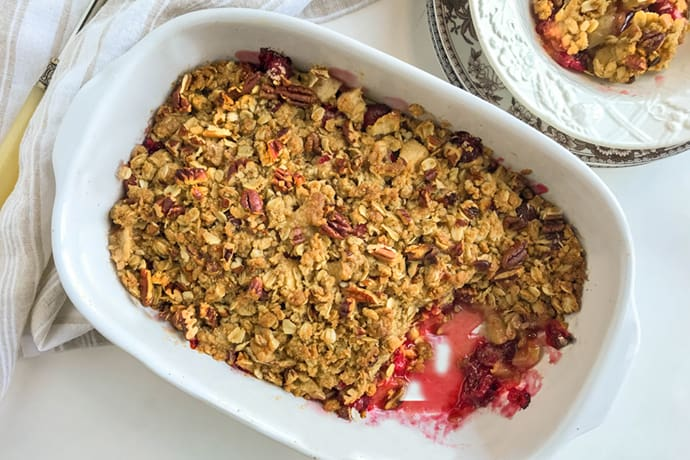 Cranberry Apple Crisp with Toasted Pecans: A Cozy Treat
