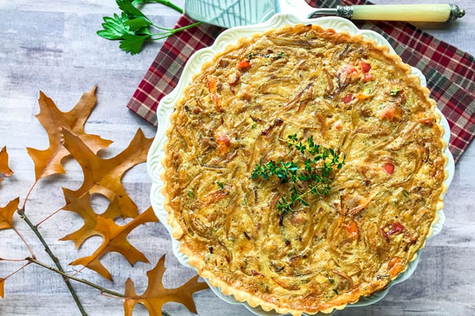 French Creamed Onion Tart with Bacon and Crème Fraîche | 31Daily.com