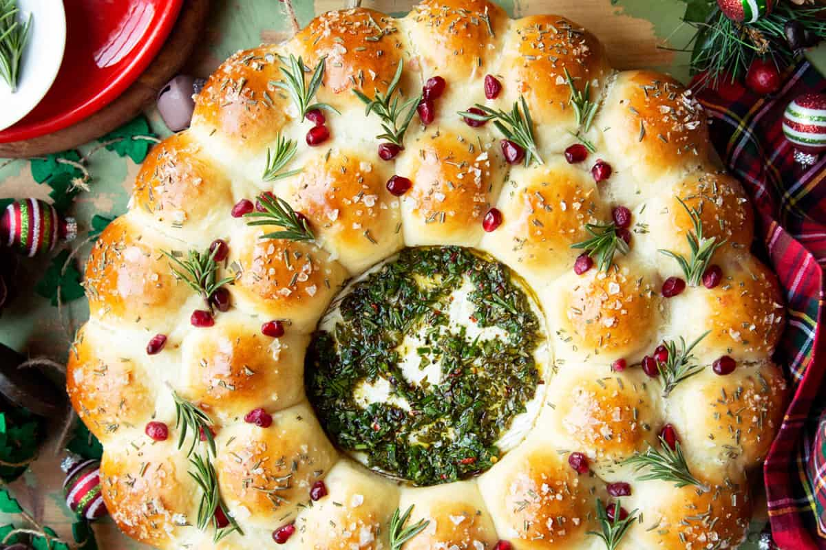 Christmas Bread for 27 Holiday Loaves and Christmas Bread Recipes