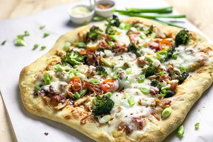 Easy Teriyaki Chicken Pizza | 31Daily.com