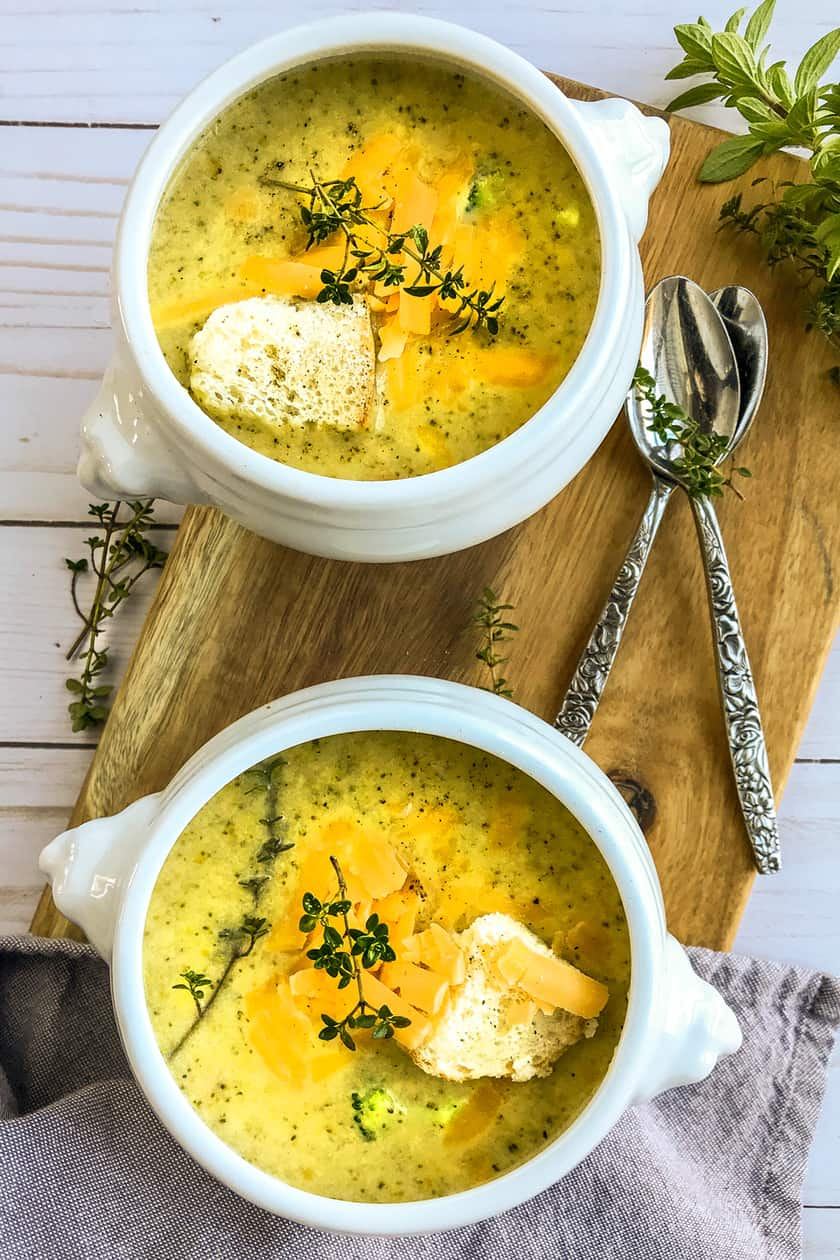 Instant Pot Broccoli Cheddar Soup | 31Daily.com