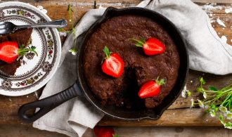 Deliciously Fudgy Skillet Brownie