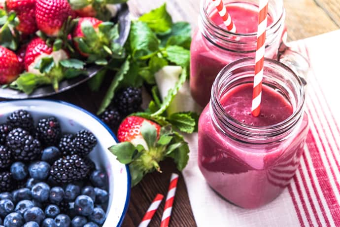 Triple Berry Smoothie for Healthy Mornings | 31Daily.com
