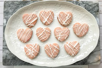 Valentine's Day Strawberry Heart Cookies | 31Daily.com