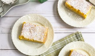 Easy Lemon Bars with Zested Shortbread Crust | 31Daily.com