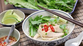 Easy 15 Minute Instant Pot Chicken Pho (Vietnamese)