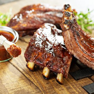 smoked ribs with barbecue sauce