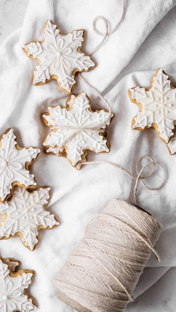 Buttery Holiday Cut-Out Sugar Cookies for Decorating