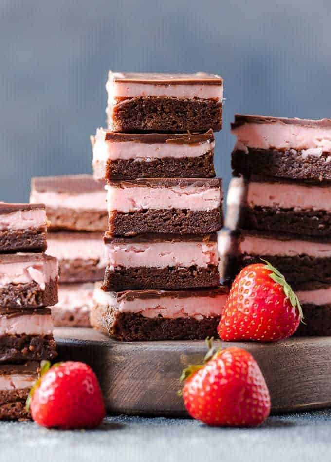 Strawberry Brownies (Chocolate Covered Strawberry Brownie Recipe)