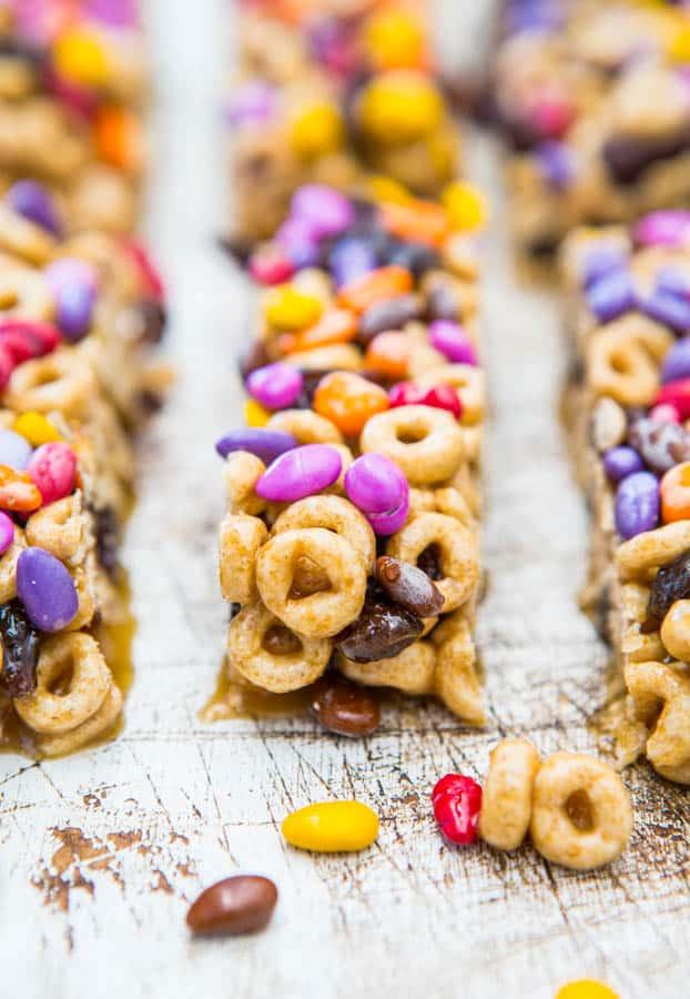 No-Bake Honey Nut Cheerios Snack Bars
