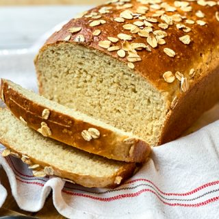 Closeup view of sliced oatmeal bread