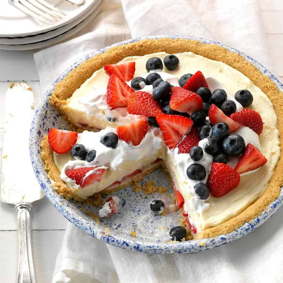 Red, White and Blueberry Pie