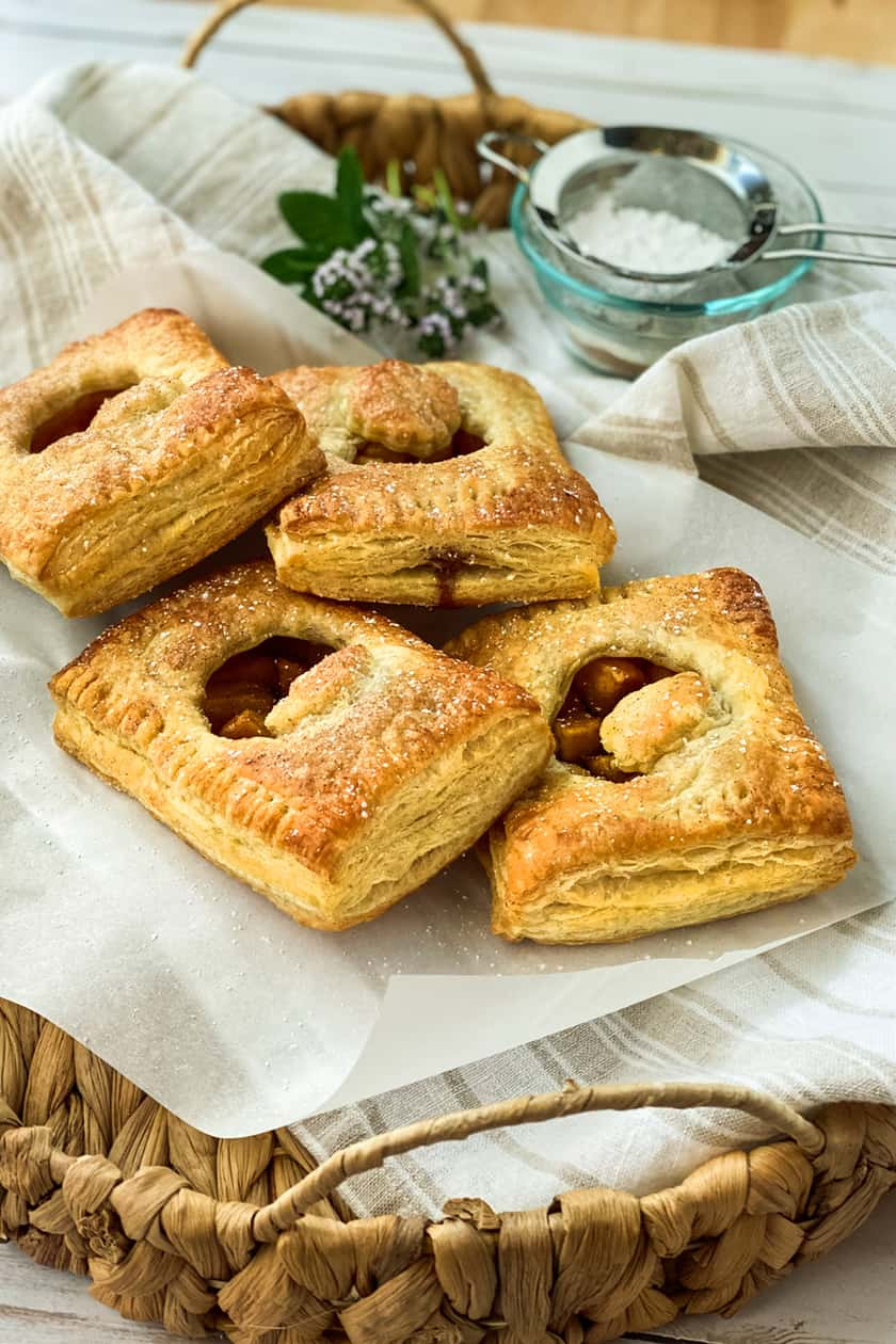 Baked Apple Hand Pies in a Basket