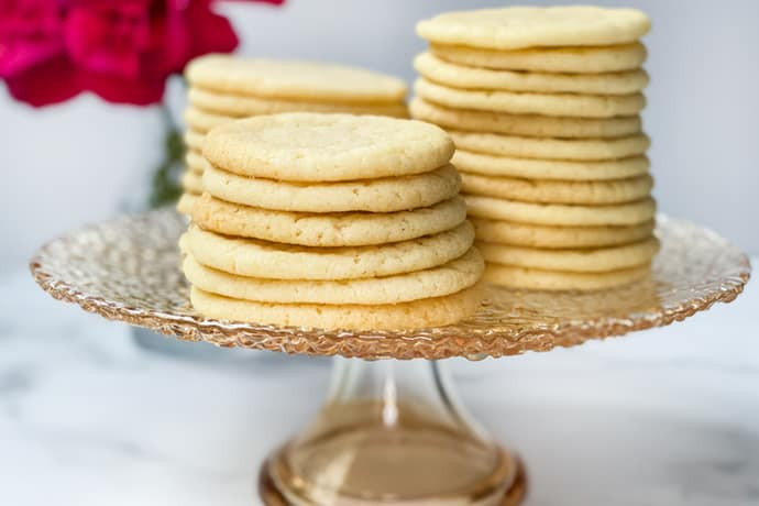 Easy Vanilla Tea Cake Cookies