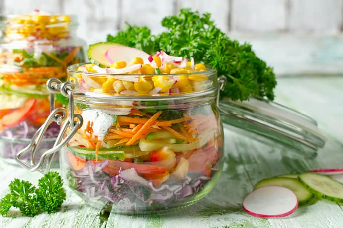 14 Summer Mason Jar Salads