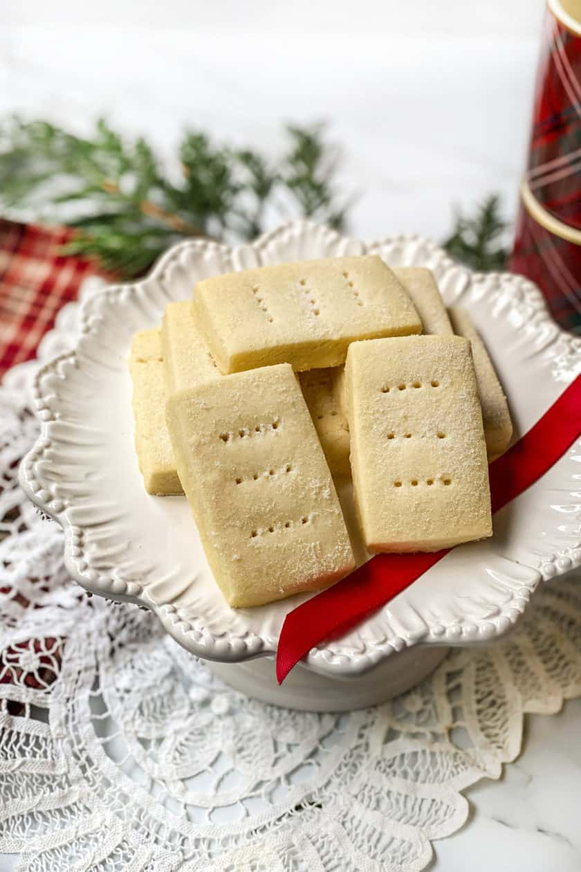 Top view of shortbread cookies on a white serving platter