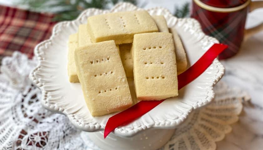 Buckingham Palace Shortbread Cookies