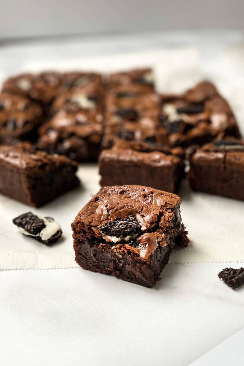 Center focus on a cut Oreo Brownie square.