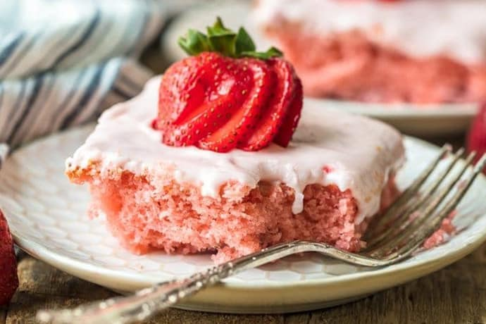 Strawberry Cake for 14 Valentine's Day Dessert Recipes