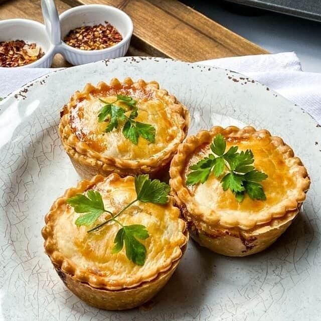 Pub Style Beef Pot Pies Recipe