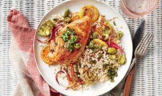 Skillet Mediterranean Chicken Dinner for Springtime Skillet Dinners