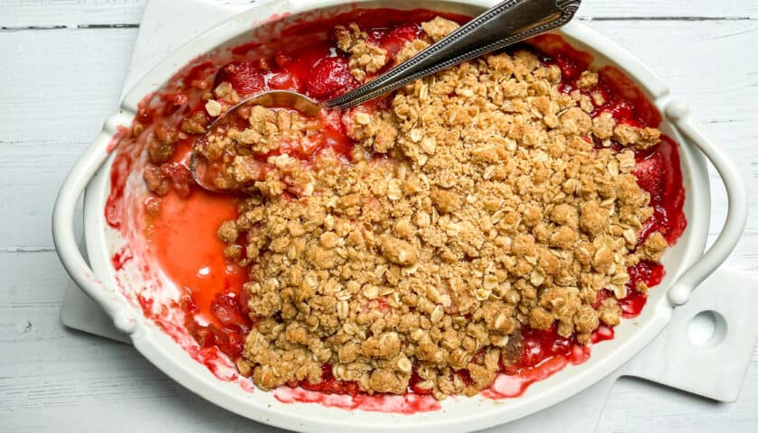 Strawberry Crisp: Fresh, Juicy and Delicious