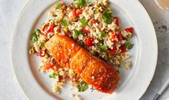Salmon quinoa salad for Healthy Flat Belly Dinners: What to Cook (Apr 19)