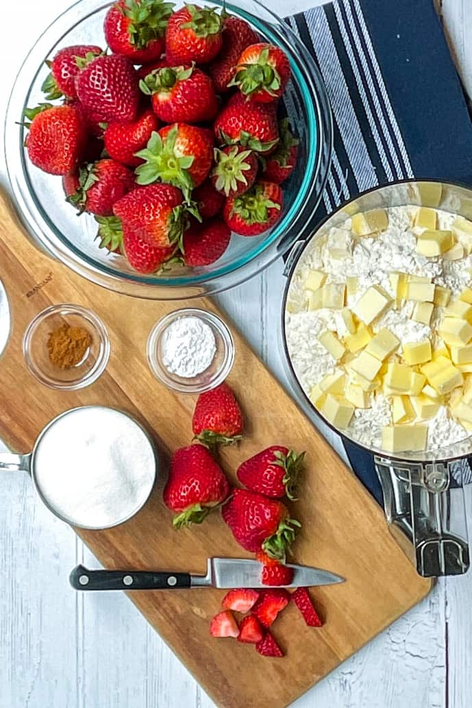 Ingredients for Easy Strawberry Crumble Bars