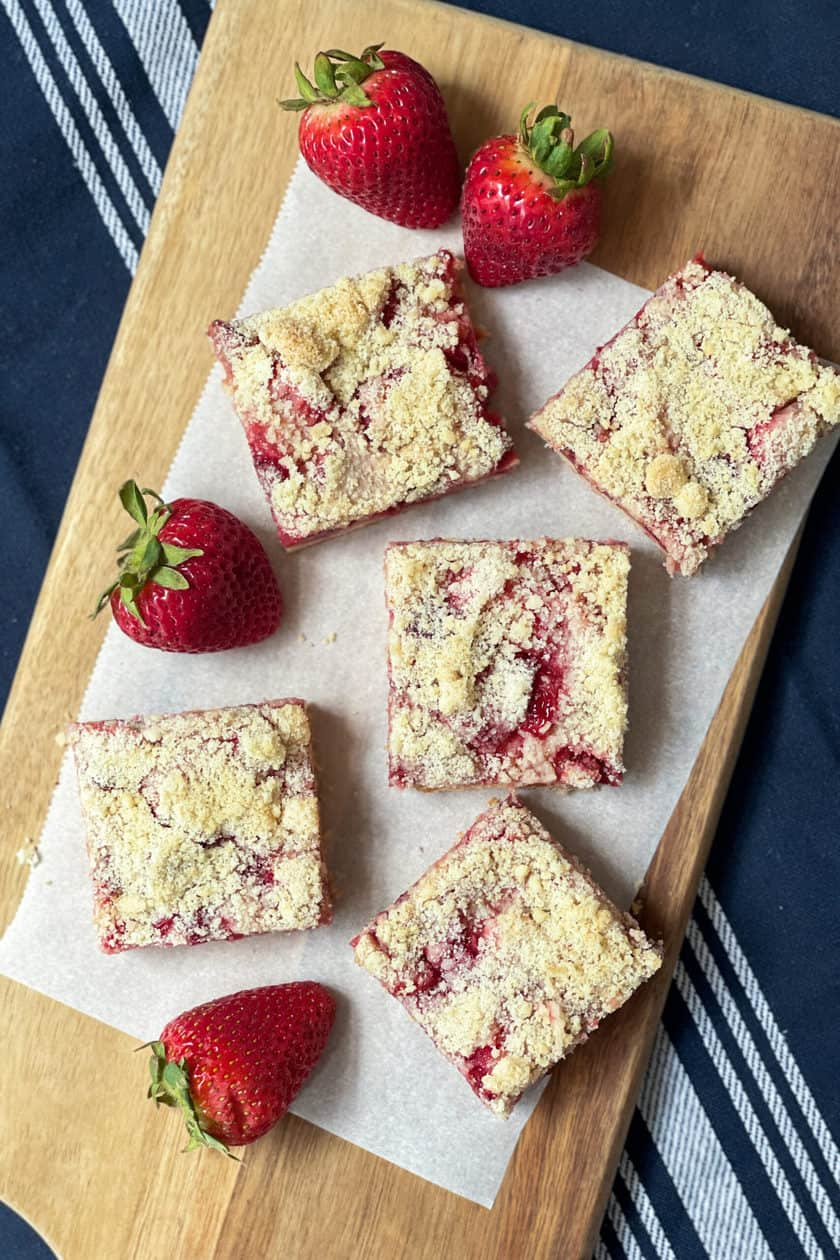 Top view of Easy Strawberry Crumble squares.