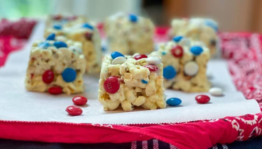 Summer White Chocolate M&M Popcorn Treats