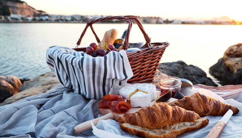 31 Simple Summer Picnic Recipes You'll Love