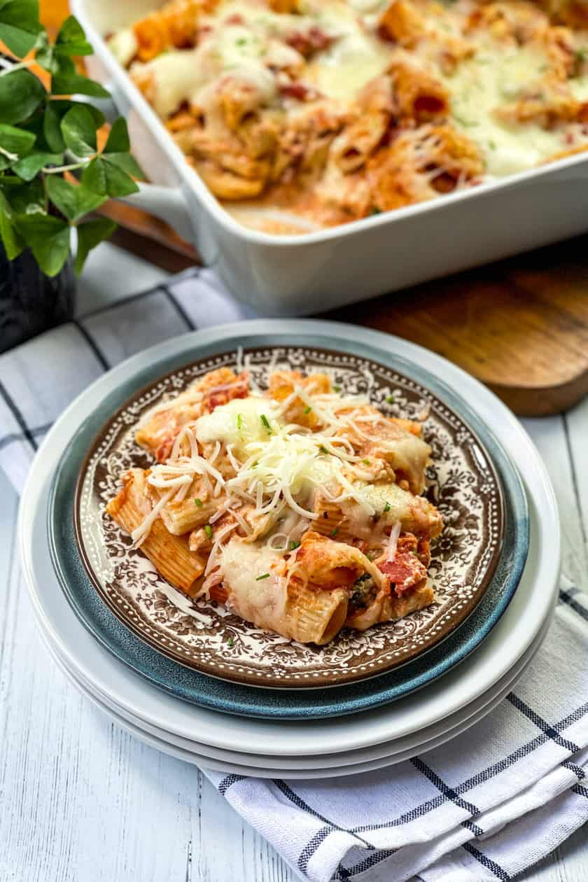 Bowl of Baked Rigatoni on a Brown and White Transferware Plate