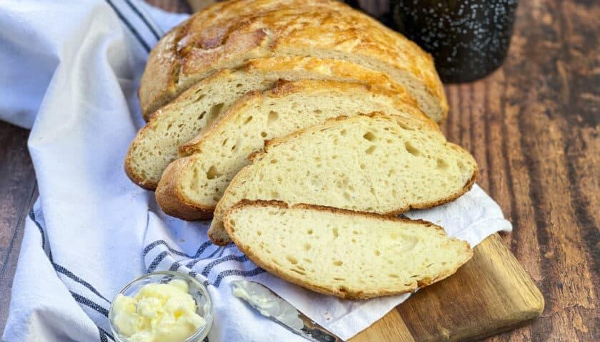 Camp Dutch Oven Bread