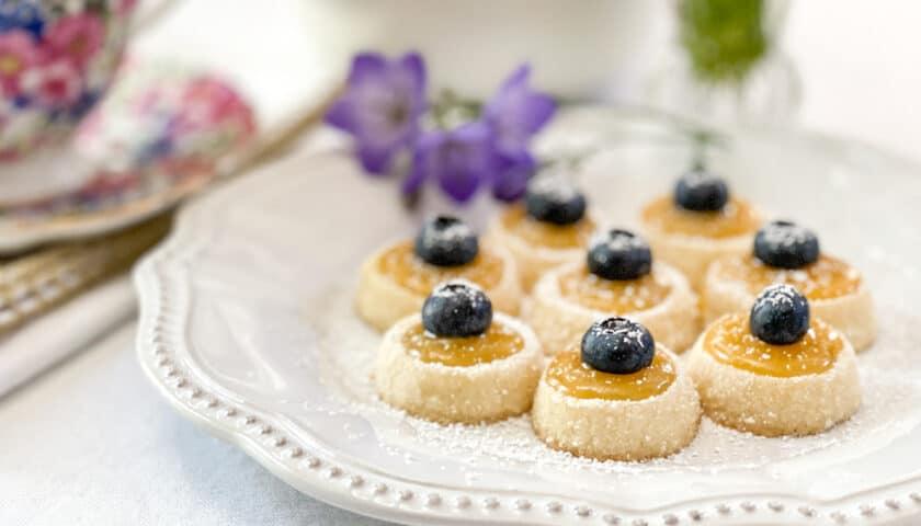 Shortbread Tea Cookies with Lemon Curd